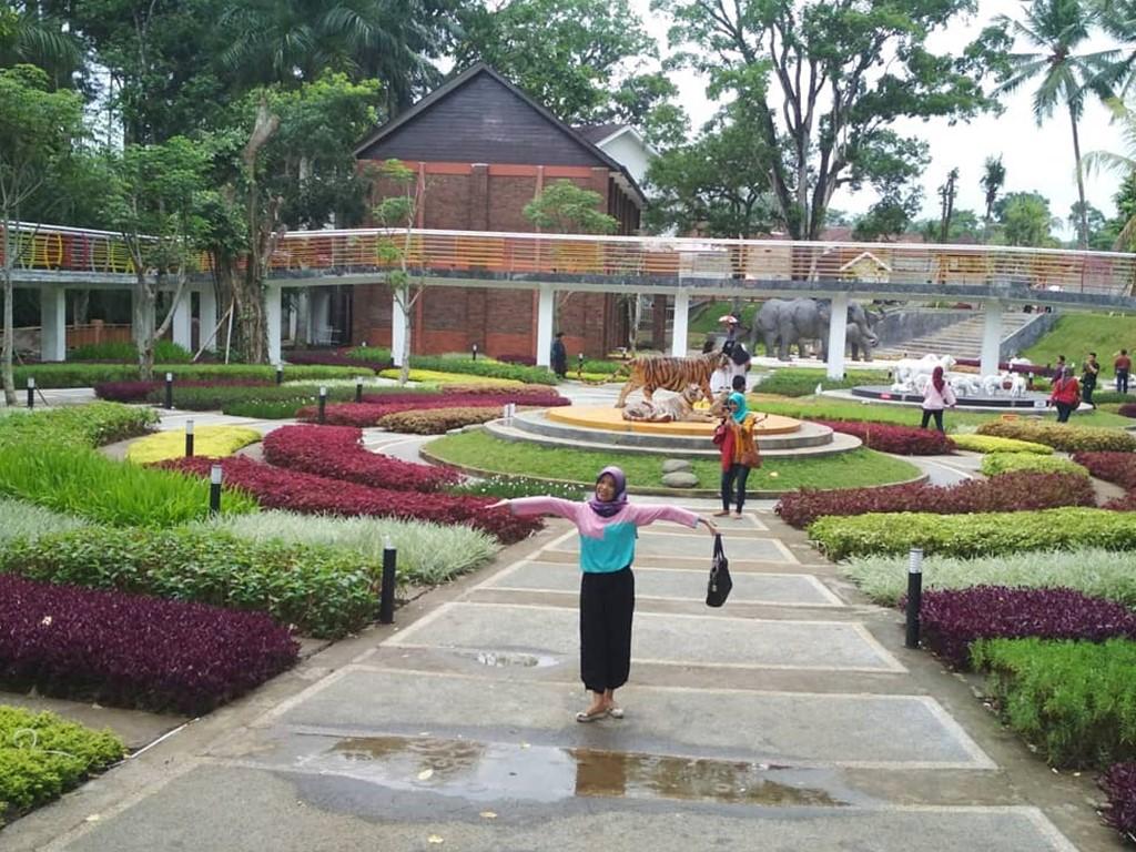 sewa elf jakarta tasikmalaya Taman Wisata Karang Resik
